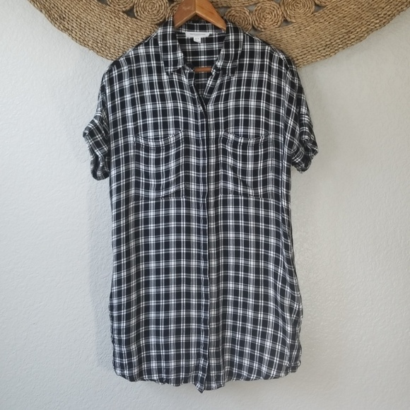 db397375f7 beachlunchlounge Tops - Beach lunch lounge tunic plaid top Size Small B8